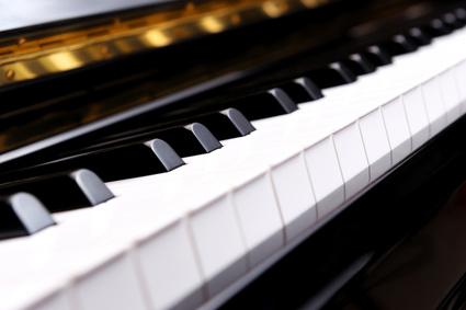 Klavier und Piano Transporte